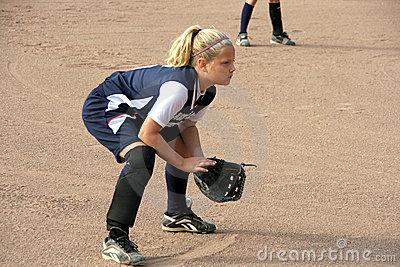 softball-infielder-5488162